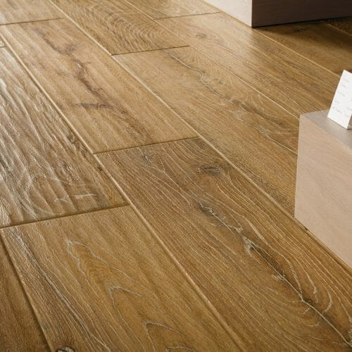 Windsor wood-effect tiles